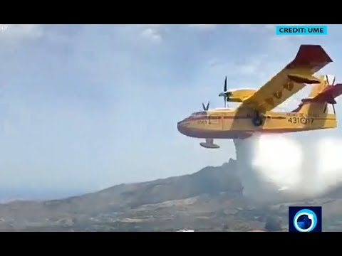[20 August 2019] Fire-fighting aircraft battles out of control Gran Canaria wildfires - English